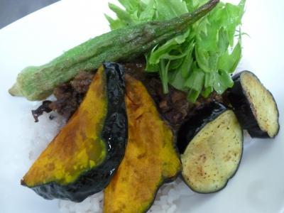 夏野菜とヒヨコマメのキーマカレー