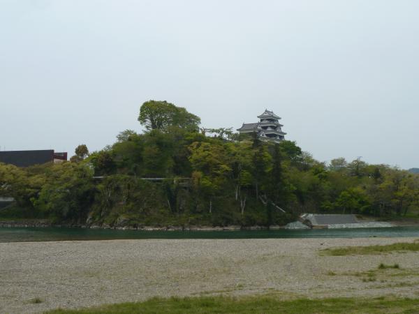 肱川から大洲城1