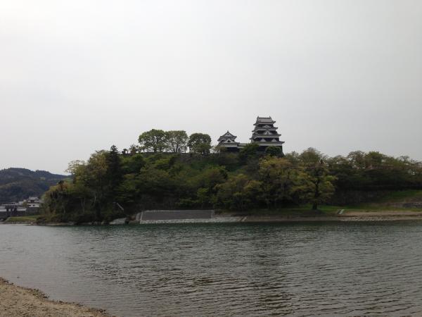 肱川と大洲城1