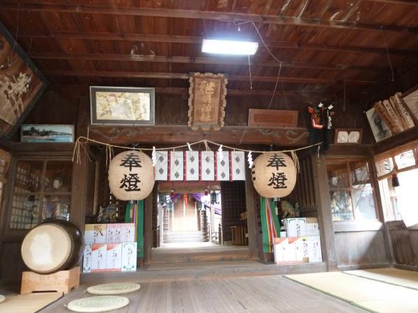 安藤神社内部3