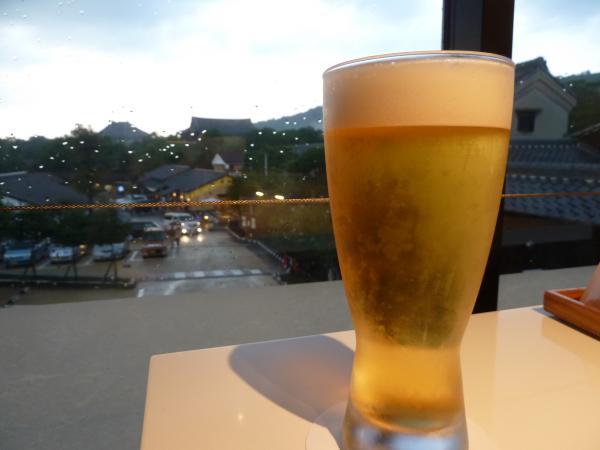 生ビールと大仏殿3