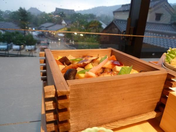蒸し寿司と大仏殿