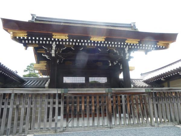 京都御苑宣秋門4