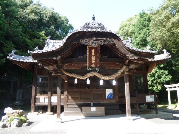 生石八幡神社本堂7