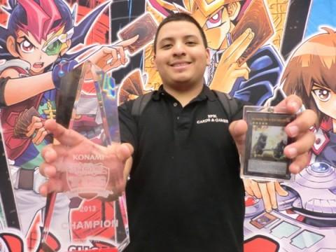 Oscar-Zelaya-Trophy-Shot-480x360.jpg