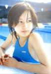 堀北真希 セクシー ハイレグ競泳水着 濡れている プール 女優 顔アップ 高画質エロかわいい画像33