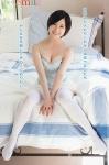 元AKB48 小野恵令奈 セクシー 巨乳おっぱいの谷間 ニーソックス ミニスカート カメラ目線 ショートヘア 高画質エロかわいい画像15