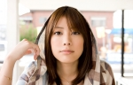福田沙紀 セクシー カメラ目線 顔アップ 女優 爽やか パーカー 壁紙サイズ 高画質エロかわいい画像11