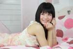 星名美津紀 セクシー 笑顔 ワンピース 壁紙サイズ ベッドの上 高画質エロかわいい画像39