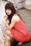 元AKB48 大島麻衣 セクシー ワンピース カメラ目線 しゃがみ 高画質エロかわいい画像41