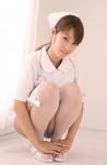 野田彩加 セクシー ナース コスプレ しゃがみ ミニスカート パンチラ 誘惑 高画質エロかわいい画像15