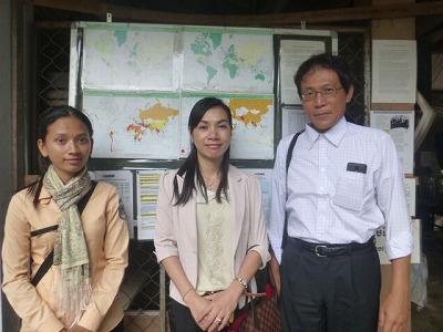カンボジア王国観光省日本地区代表・加藤氏とJHCガイドのお二人