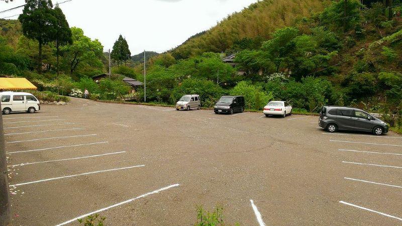駐車場 (800x450)
