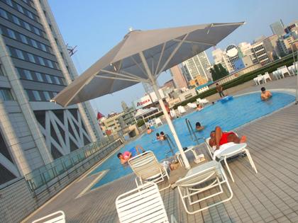 東京ドームホテルのプール