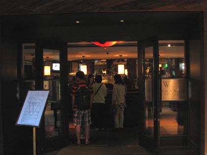 ハワイ レストラン『ウルフギャングス・ステーキハウス』