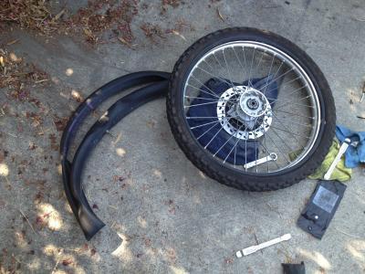 アメリカ バイク ツーリング DR200SE ジェベル 部品 整備 フロント タイヤ