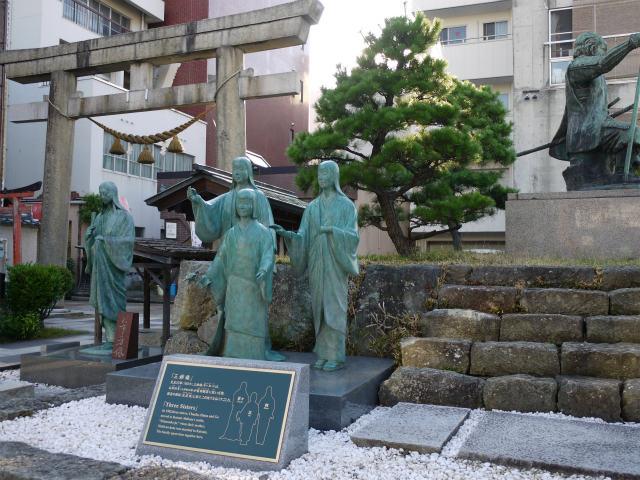 北の庄城跡 柴田勝家ファミリーの銅像