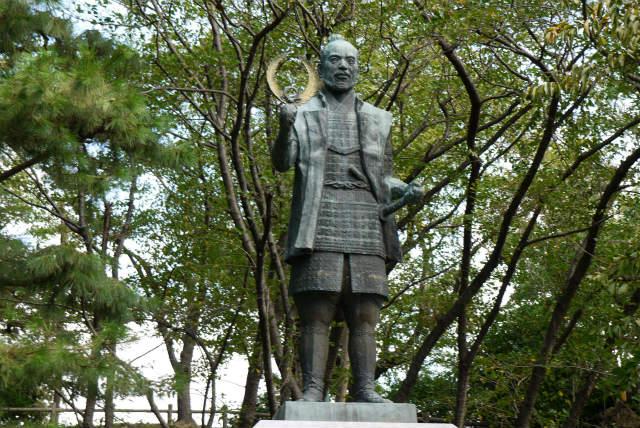 浜松城 家康の銅像