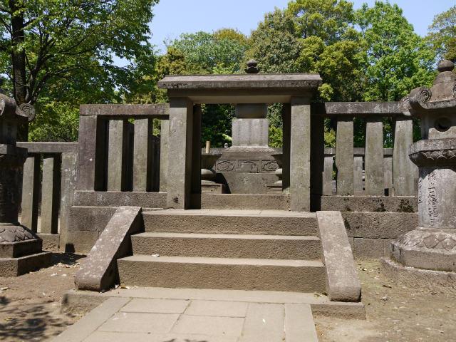 平林寺 松平信綱の墓