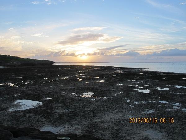 03石垣島の日の出s