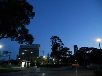 朝の勝山公園
