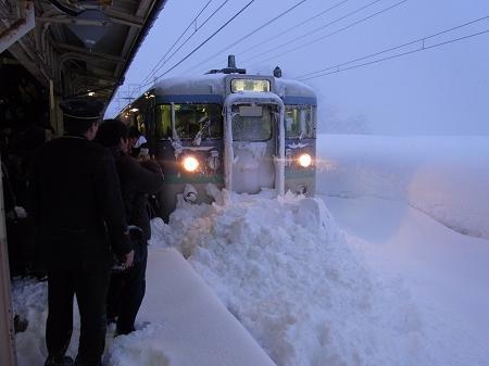 豪雪 妙高高原駅