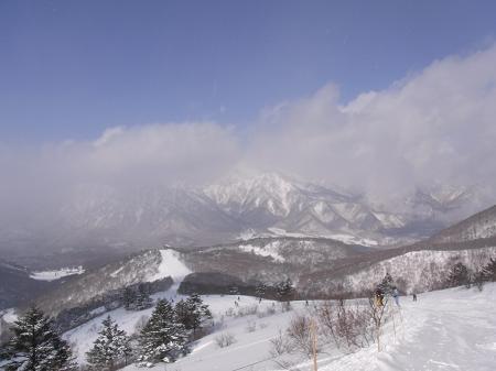 戸隠スキー場 雪雲
