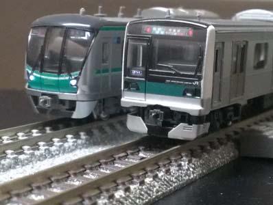 E23302