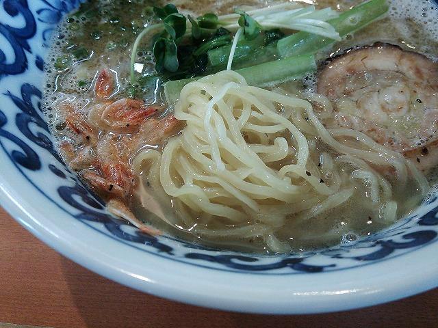 轍_淡麗鶏塩ラーメン02