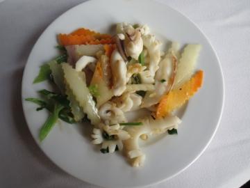 2-23 魚介の炒め物