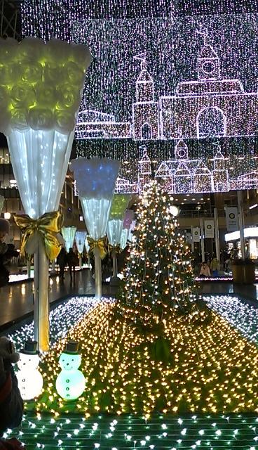 13-12-11大阪駅