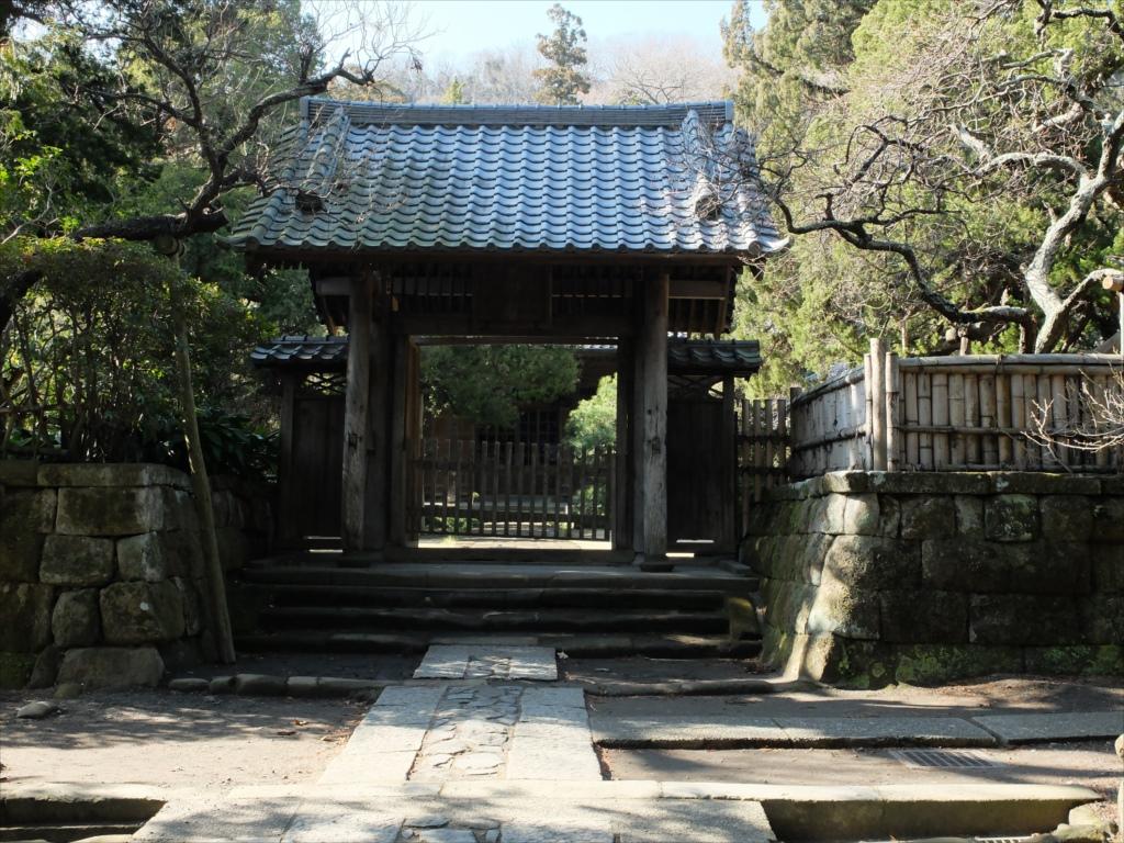 総門から中門までの参道_6