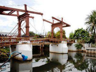 Jahkarta橋