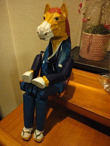 お座り馬⑤