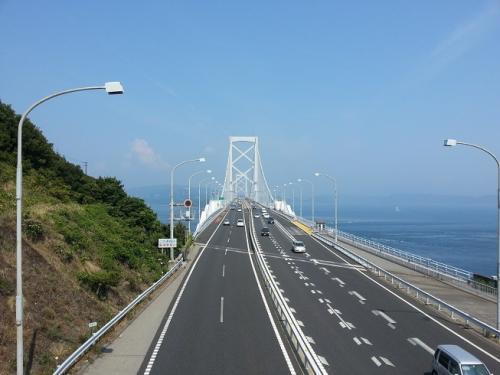 うずしお公園からの鳴門大橋