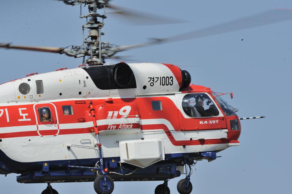 AF-S500F4GVR D3 ISO200 SS1/125 手持ち