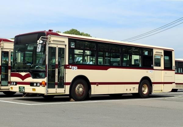 福井200か・596