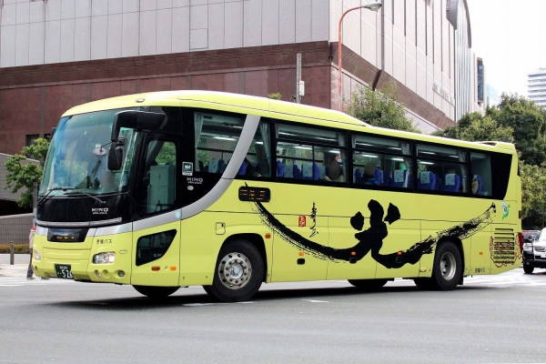 福井200か・526