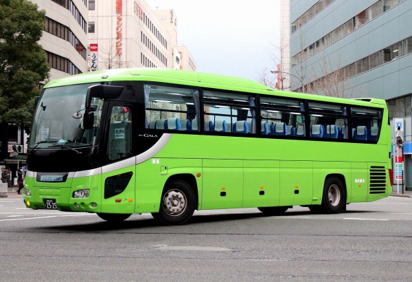 福岡200か2525