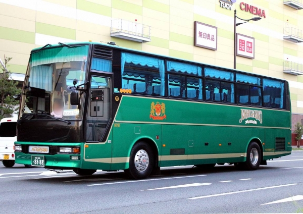 神戸200え8888