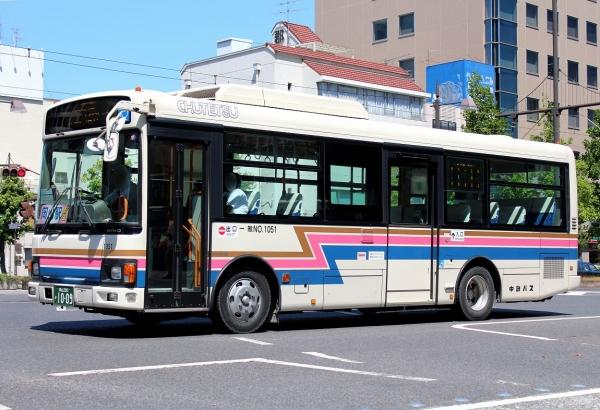 岡山200か1009 1051