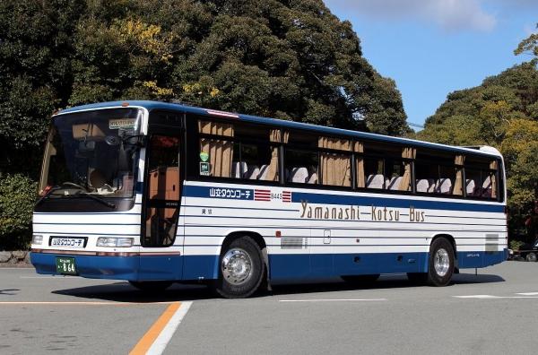 富士山240あ・864 B443