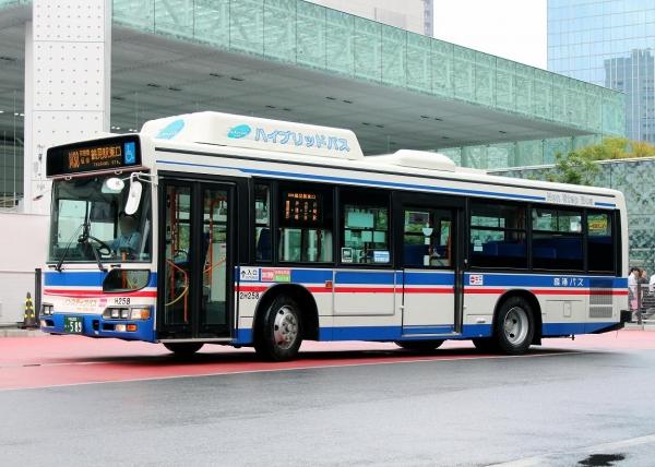 川崎200か・589 2H258