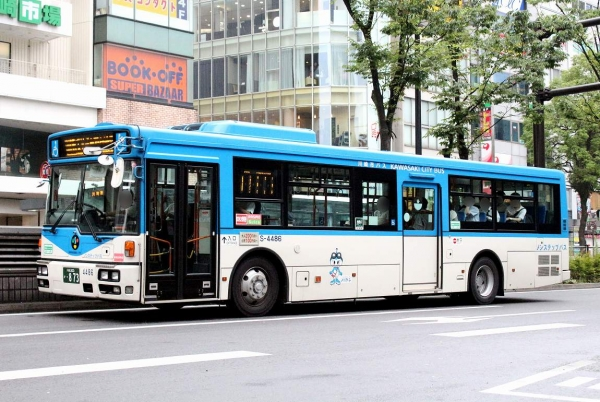 川崎200か・873 S4486