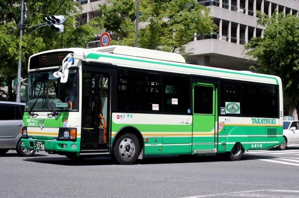 大阪200か3298