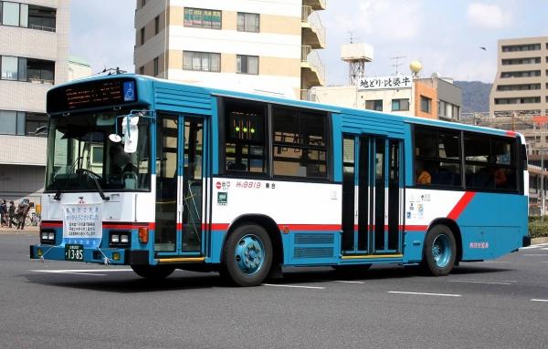 広島200か1385 HM9819