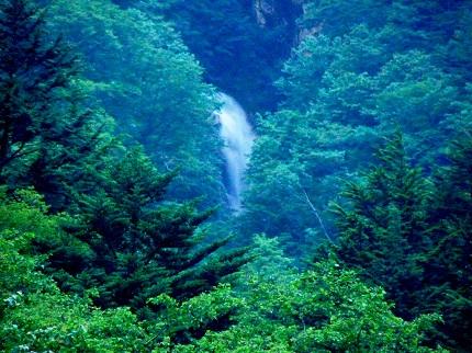 雲間の滝の前衛滝