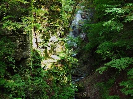 ナレイの滝