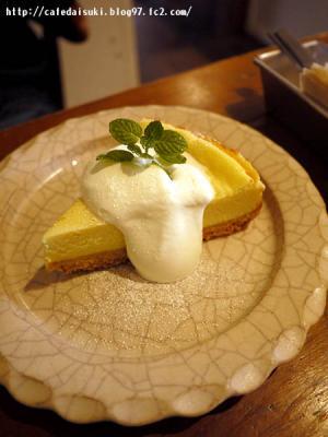 aoiku_cafe◇しっとりベイクドチーズケーキ