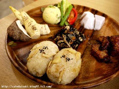 OIMO cafe◇筍ごはんと季節のお惣菜ランチプレート